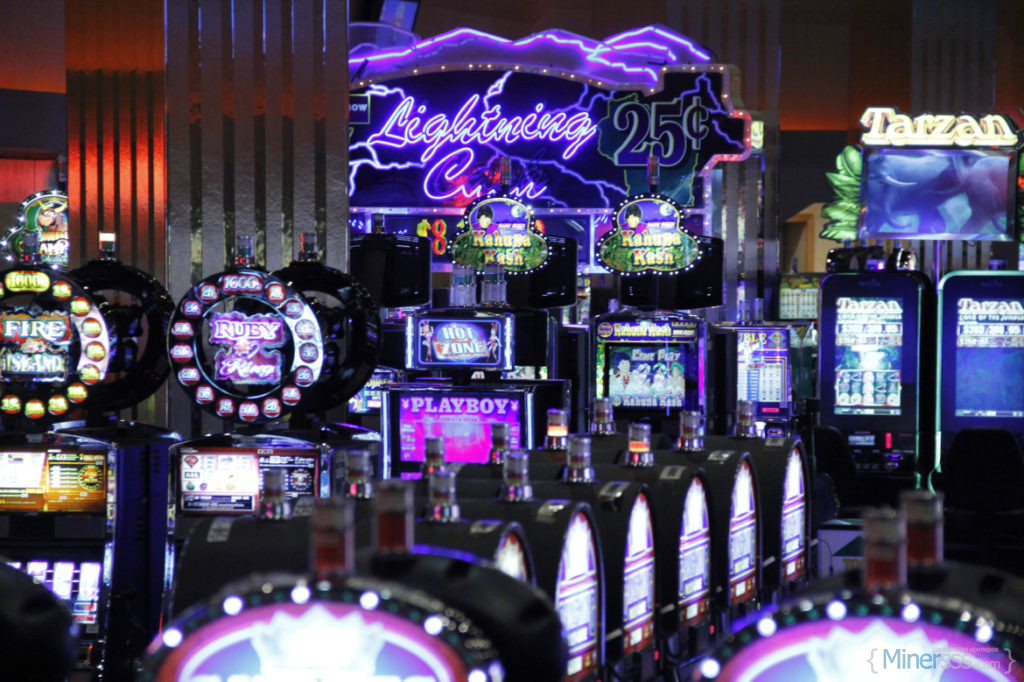 Black-River-Falls-casino-floor-1-1170x779