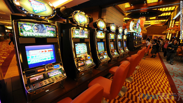 120531092339-slot-machines-story-top