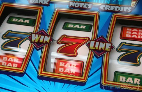 gambling-slots-C-526x325